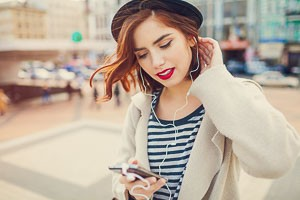 autumn, background, city, cold, cool, cup, elegant, enjoying, europe, fashion, female, fun, girl, glamorous, glamour, happy, hat, headphones, hipster, lifestyle, light, model, modern, music, outdoor, people, phone, pretty, smartphone, smiling, street, style, stylish, sun, sunlight, sunrise, sunset, sunshine, tea, technology, telephone, tourist, travel, trendy, urban, vintage, vocation, woman, young, creative, yuccies, yuccie, organic, speciality, organic speciality, organic tea, speciality tea, speciality organic